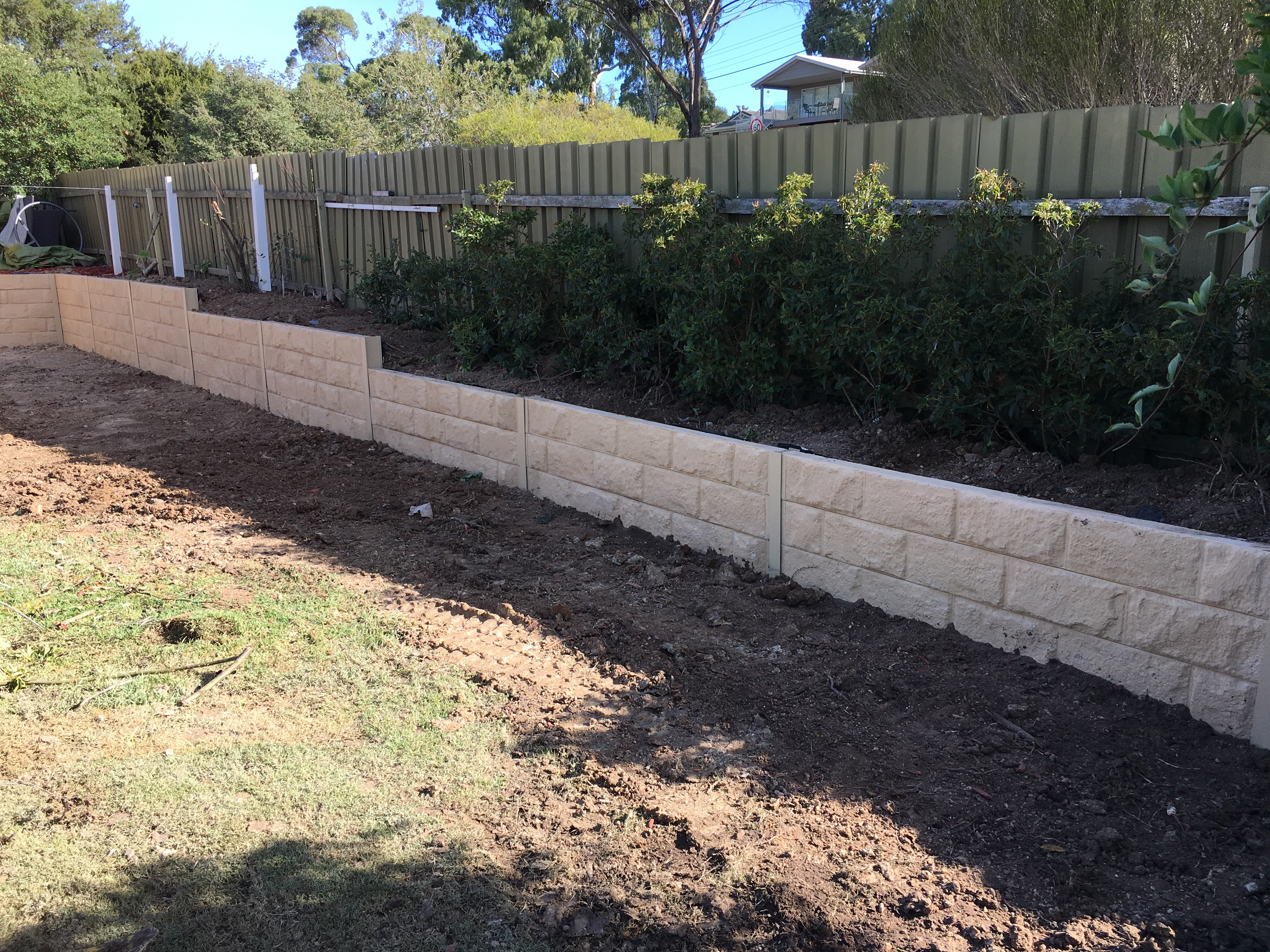 cheap retaining wall ideas